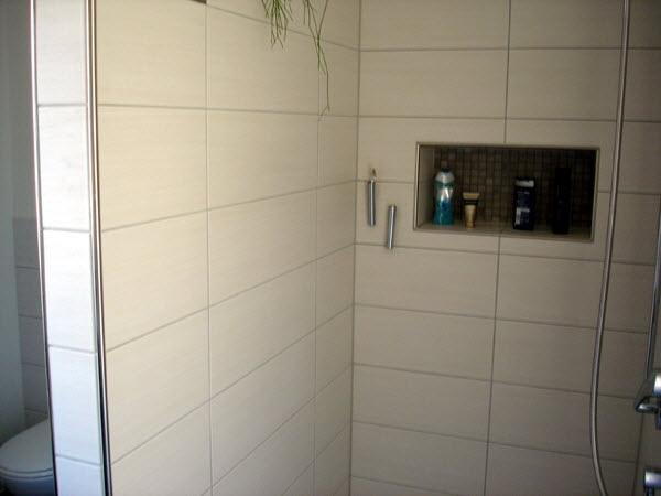 dusche nische f r shampoo abdeckung ablauf dusche. Black Bedroom Furniture Sets. Home Design Ideas